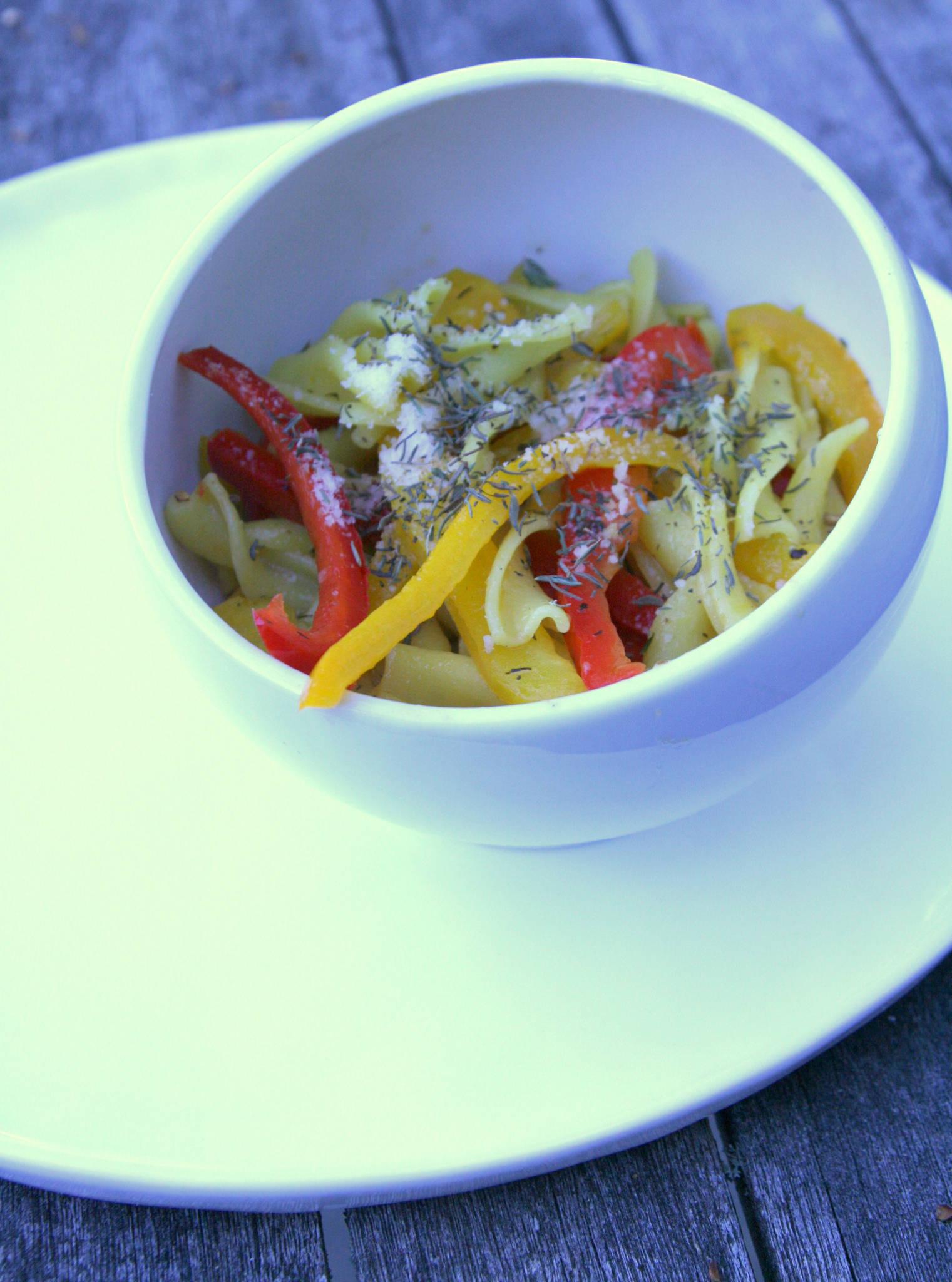 Tortils citron-safran aux deux poivrons et au thym