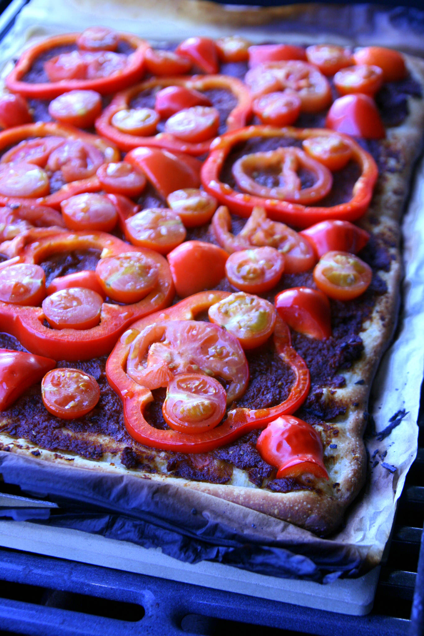 Pizza rouge au barbecue