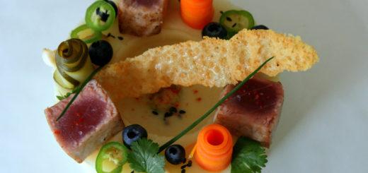 L'Aquithaï - Thon rouge snaké, pickles de légumes, bouillon thaï