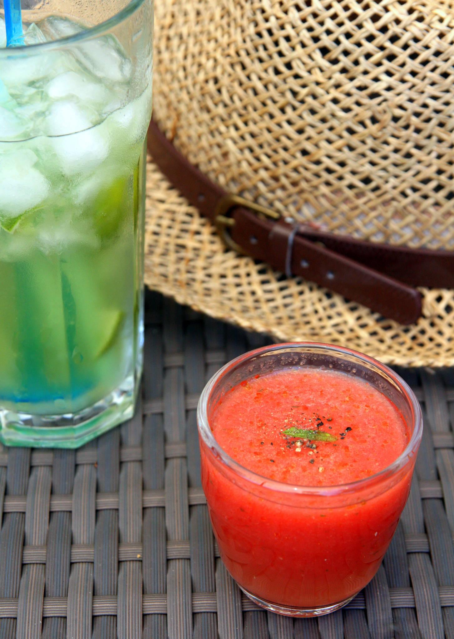 Gaspacho de pastèque à la menthe