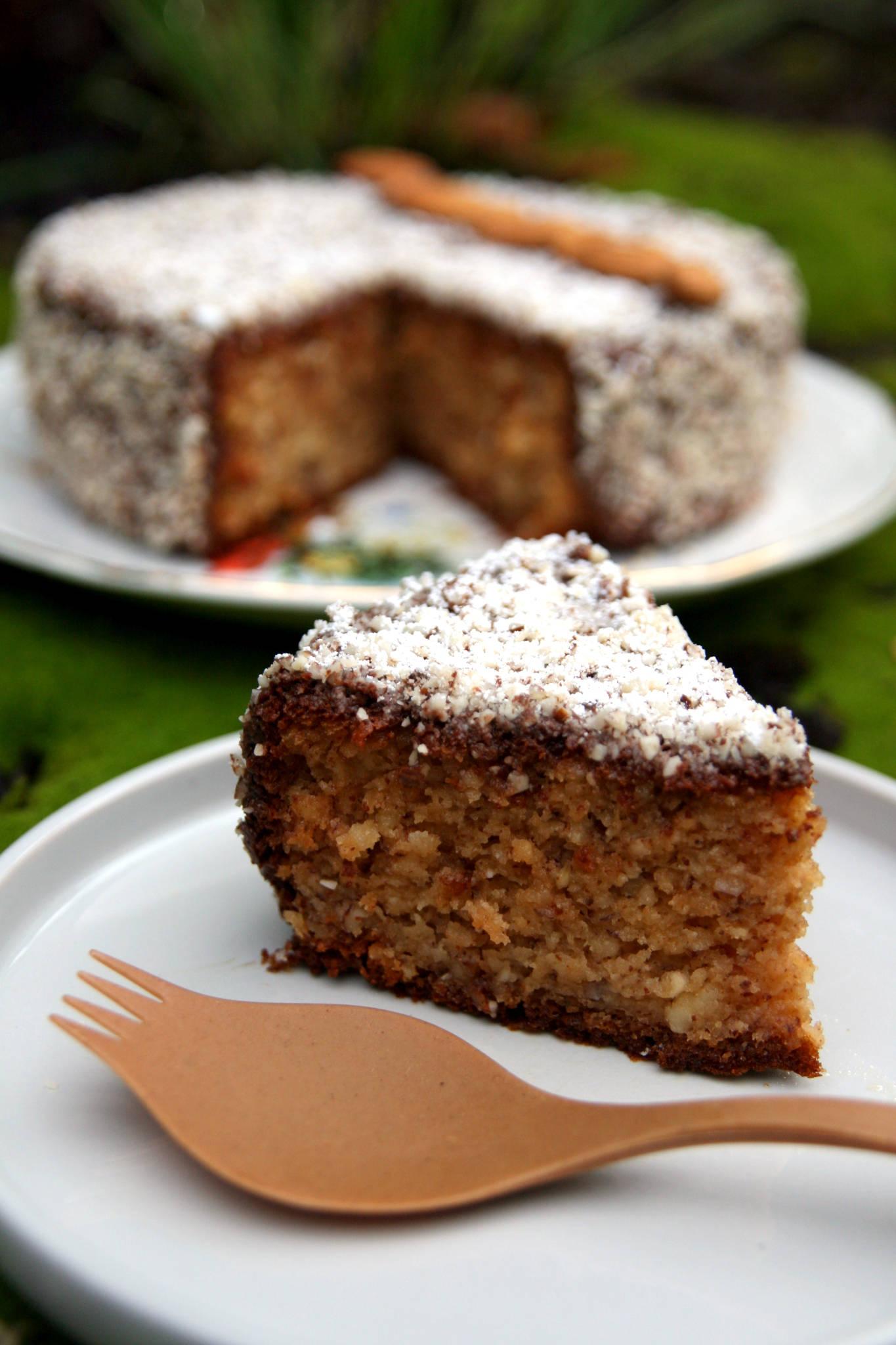 Gâteau au yaourt gourmand aux amandes